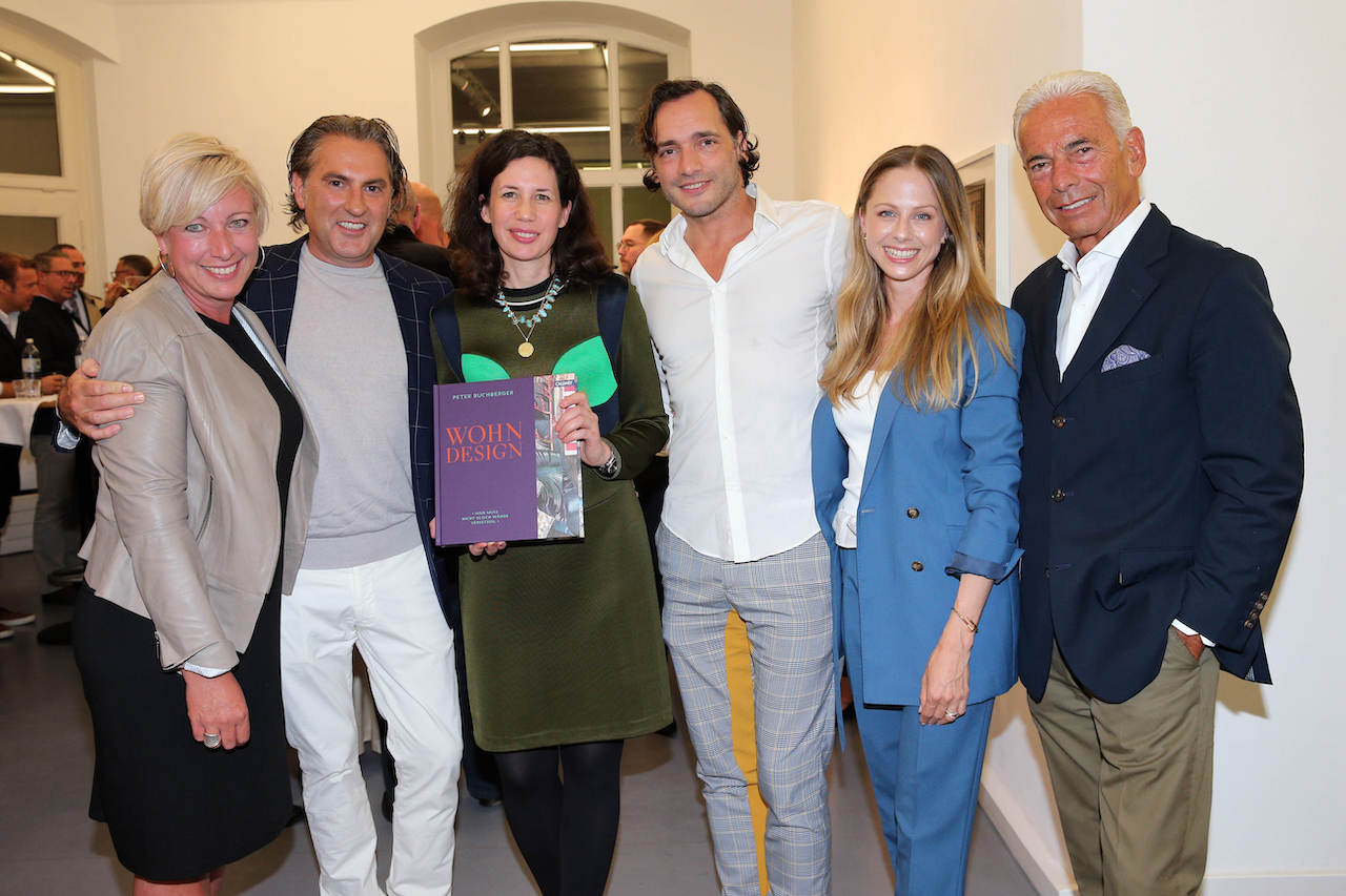 "MUNICH, GERMANY - SEPTEMBER 17: Tina Schneider-Rading, Interiordesigner Peter Buchberger, Publisher Dr. Marcella Prior-Callwey, Branko Jovic, Julia Piontek-Goerg and Heino Stamm during the book launch of ""Peter Buchberger - Wohndesign"" by Peter Buchberger on September 17, 2019 in Munich, Germany. (Photo by Gisela Schober/Getty Images for Peter Buchberger)"